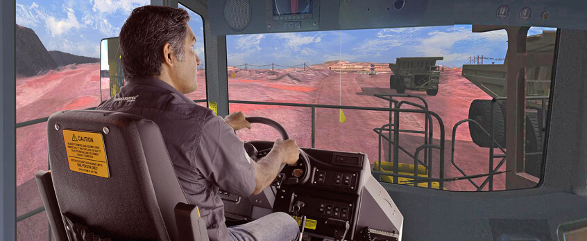 University of Santo Tomas Introduces ThoroughTec Simualation for Haul Truck Training in Chile